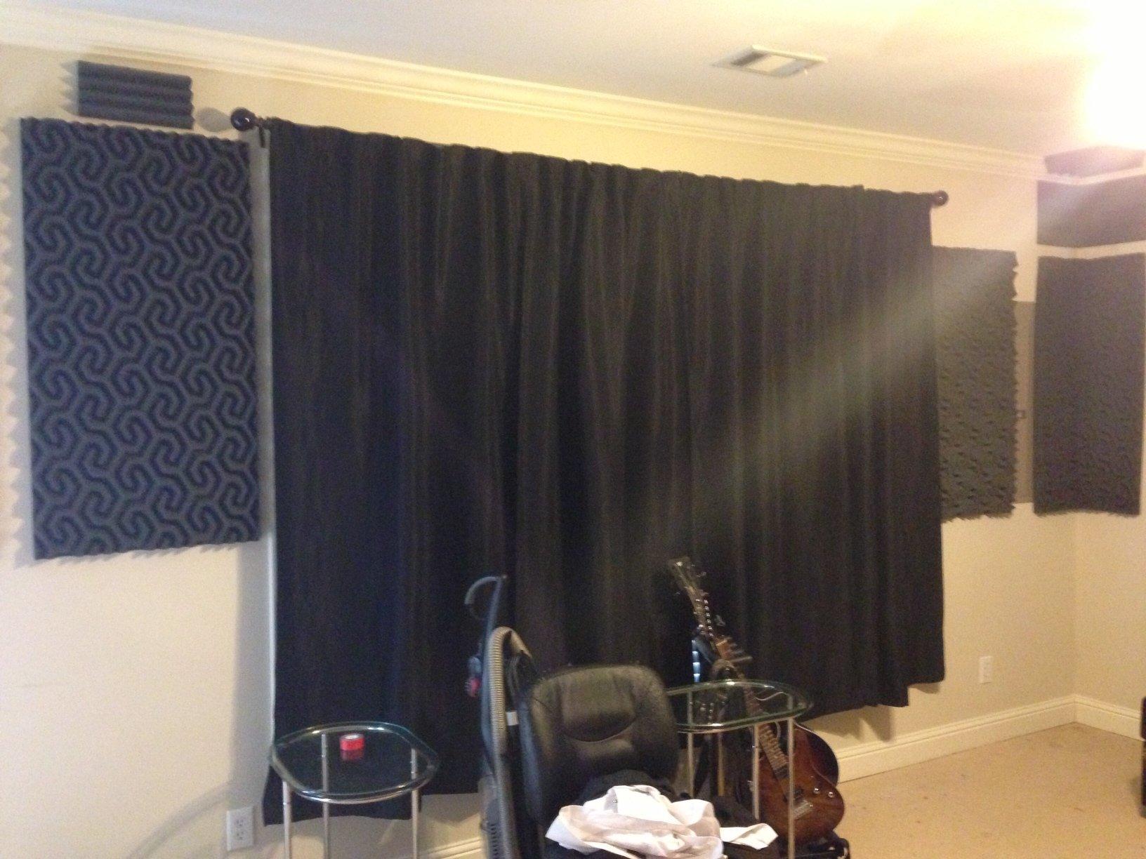 2'' SoundTraxLG PRO Studio Acoustic Foam 48 sf - Charcoal