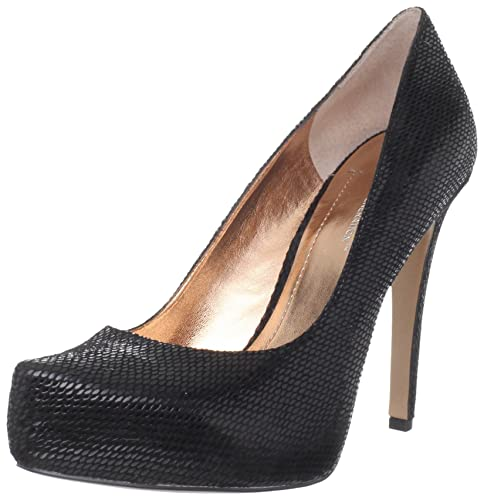 5c73b8242a6b BCBGeneration Women s Parade Pump