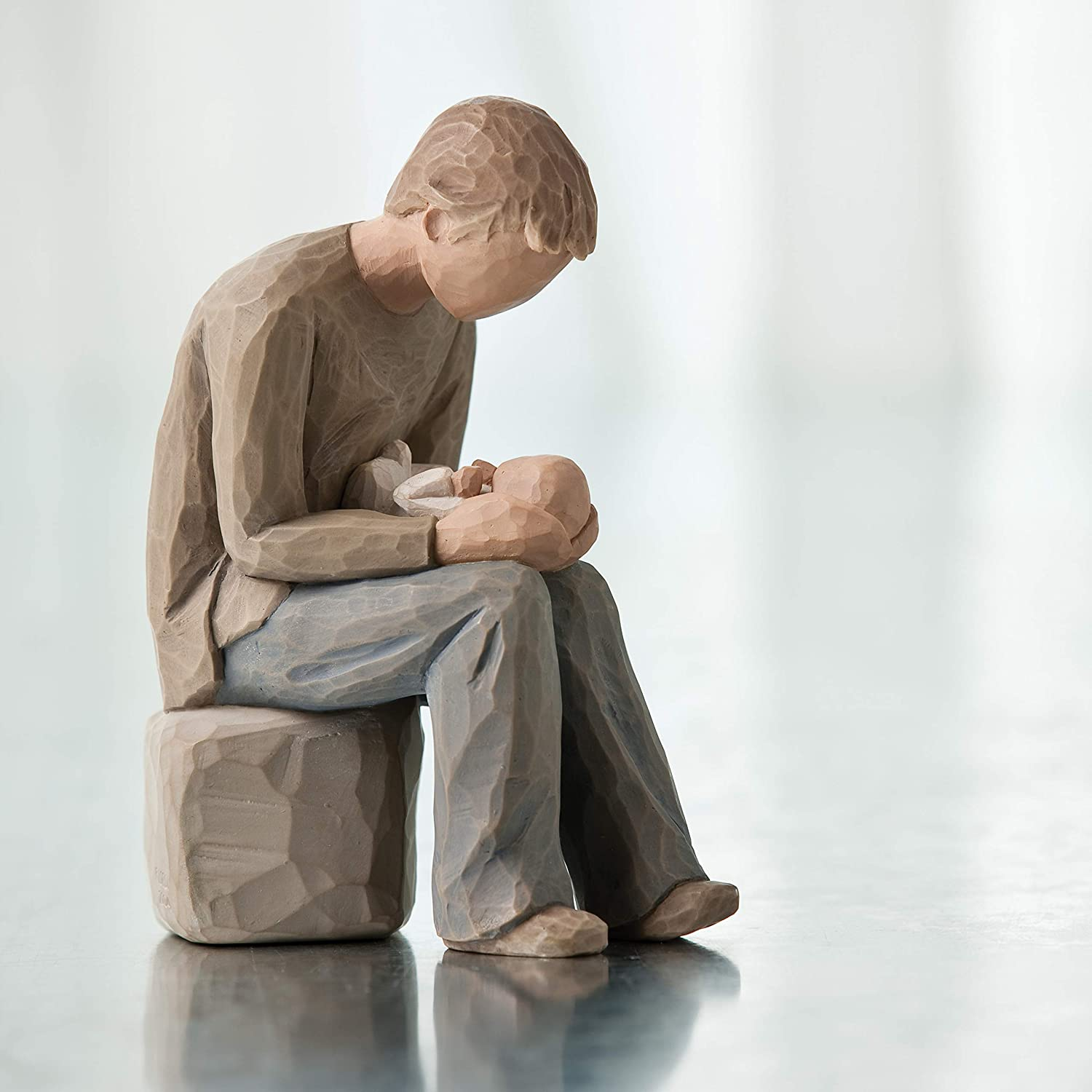 If you are looking for a thoughtful gift for Dad, this Dad Sculpted Hand-Painted Figure will probably fit in this role. Made of polyresin and carved with high-level craftsmanship, this figure works just fine with other figures or decorations in the house. Although it doesn't stand out too much, it still strikes a great impact on anyone looking at it.