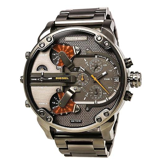 349484e39f8c Nueva Diesel Mr Daddy 2.0 - Reloj de cuarzo para hombre con esfera gris y  gris correa de acero inoxidable DZ7315  Amazon.es  Relojes