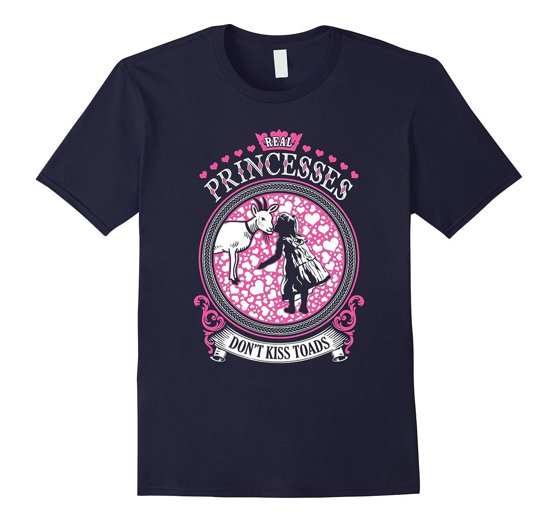 Real princess kisses Goat T-Shirt-Vaci