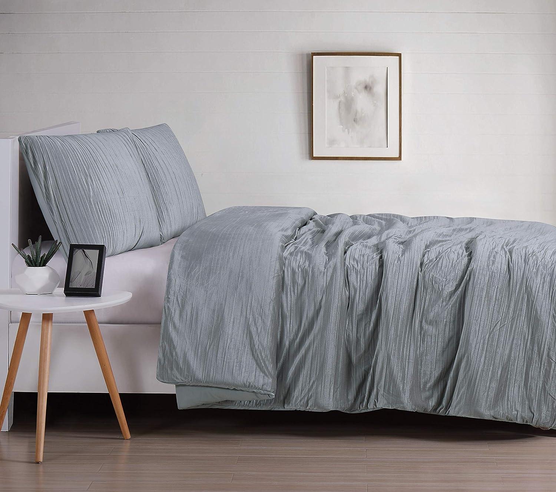 Christian Siriano Crinkle Luster Velvet Comforter Set, King, Silver