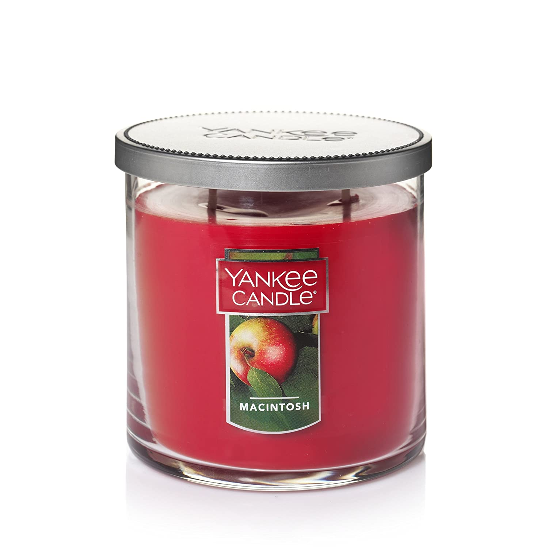 Yankee Candle Medium 2-Wick Tumbler Candle, Macintosh Yankee Candle Company 1122800Z