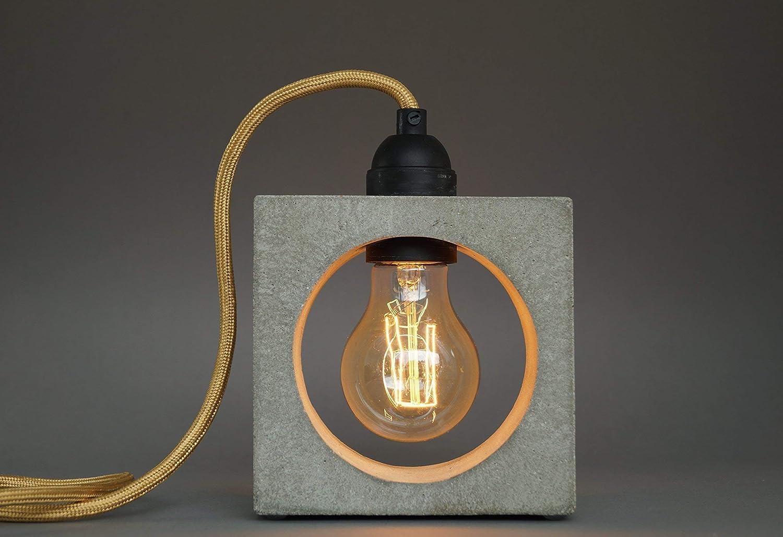 nomad Betonlampe. Tischlampe. Tischleuchte.