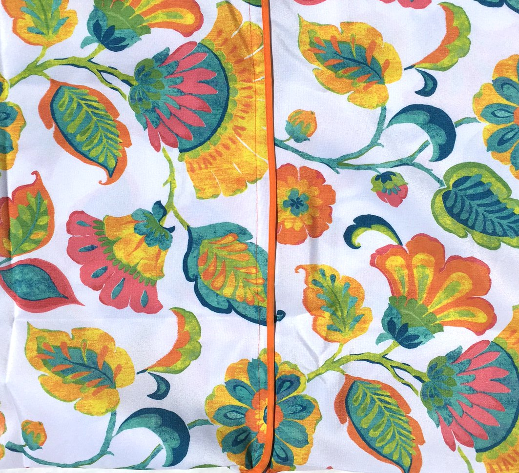 Round 60, Orange Flowers Beauty and Performance Iron-Free High Quality Outdoor Tablecloths Umbrella Hole With Zipper Patio Tablecloth Beauty and Performance Stain Resistant Shrink Resistant Round 60/'/' Brilliant Home Design Spill Proof