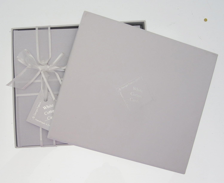 Medium White Cotton Cards Baby-Fotoalbum mit blauer Rassel