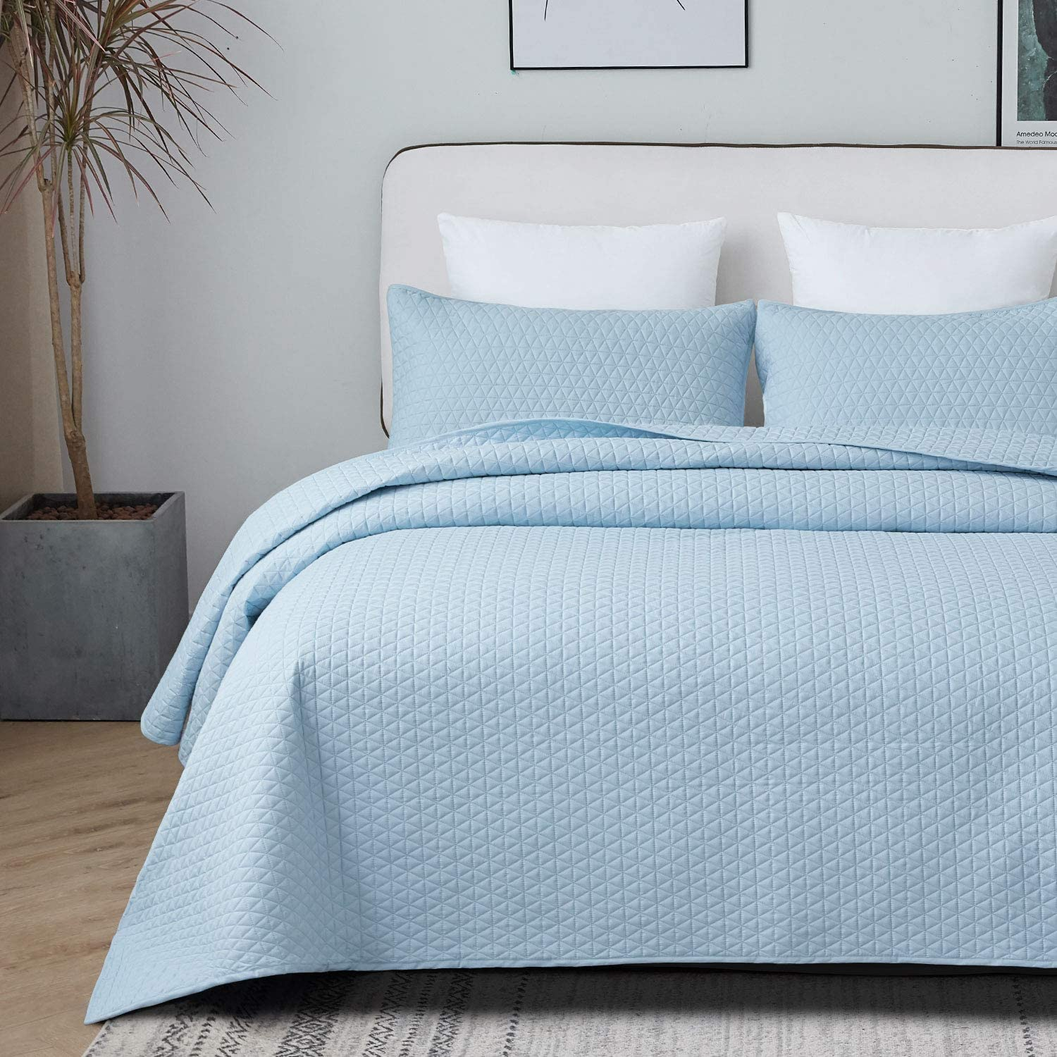 68 x 98 inches Soft Microfiber Lightweight Quilt Set Coverlet for All Seasons Breathable 2 Pieces Baby Blue Quilt Set Twin Size with Sham VEEYOO Twin Quilt Set Bedspread