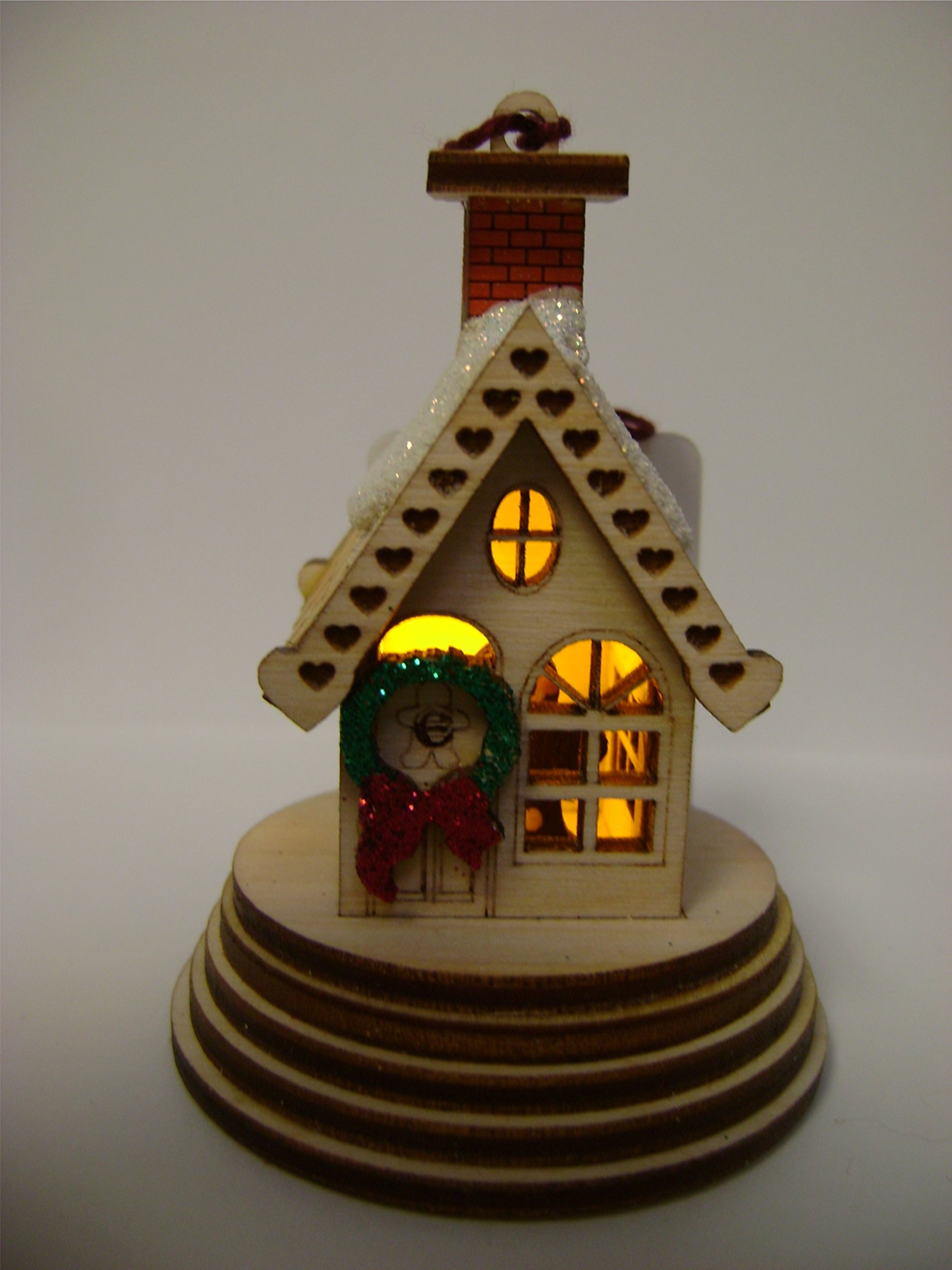 Ginger Cottages - Elf Cottage GC001, small cottage with a light and battery included