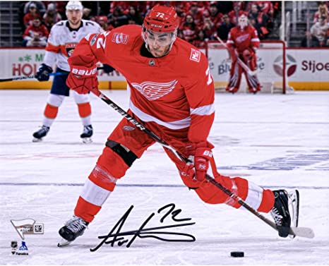 brand new 4d6a6 38251 Andreas Athanasiou Detroit Red Wings Autographed 8