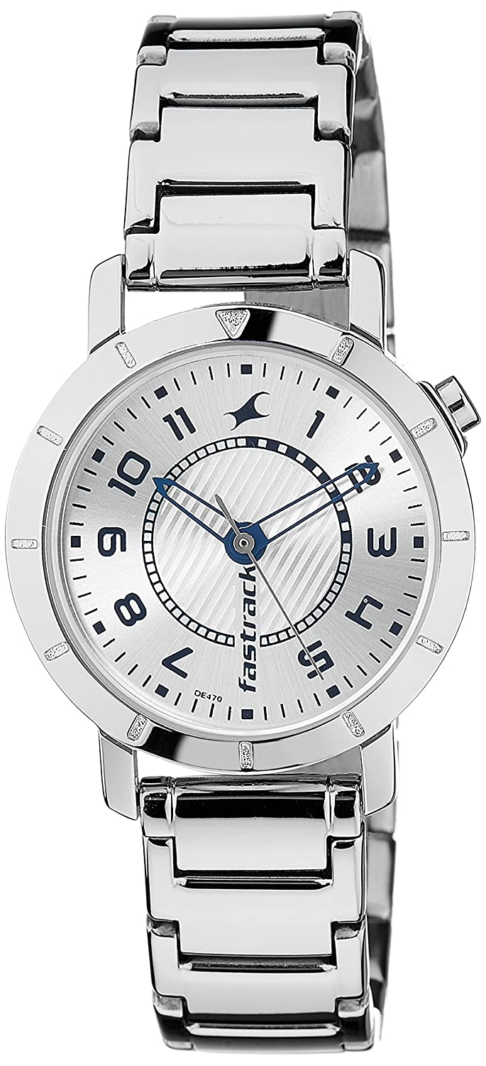 0403ad7ba Buy Fastrack Analog Silver Dial Women s Watch -NK6112SM01 Online at Low  Prices in India - Amazon.in