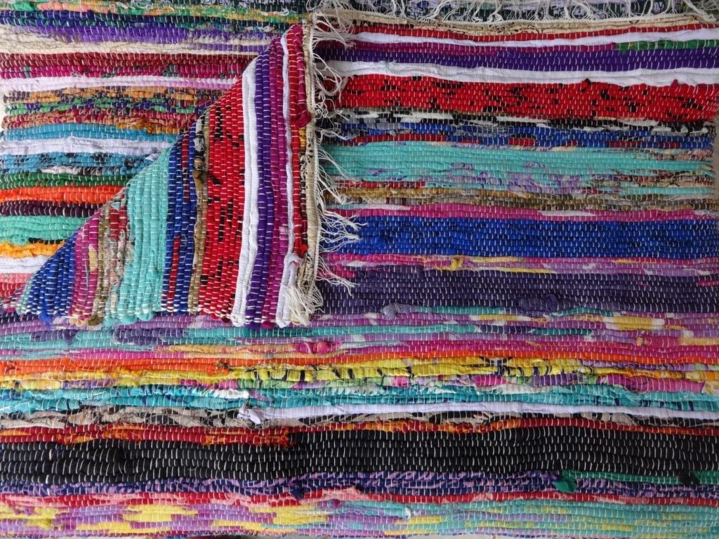 Amazon.com: Hand Loomed Rag Rug, Floor Mat, Decorative Yoga Mat , Vintage  Throw, Handmade Sari Handwoven Chindi Durrie, Multicolor Rag Rug, India:  Kitchen U0026 ...