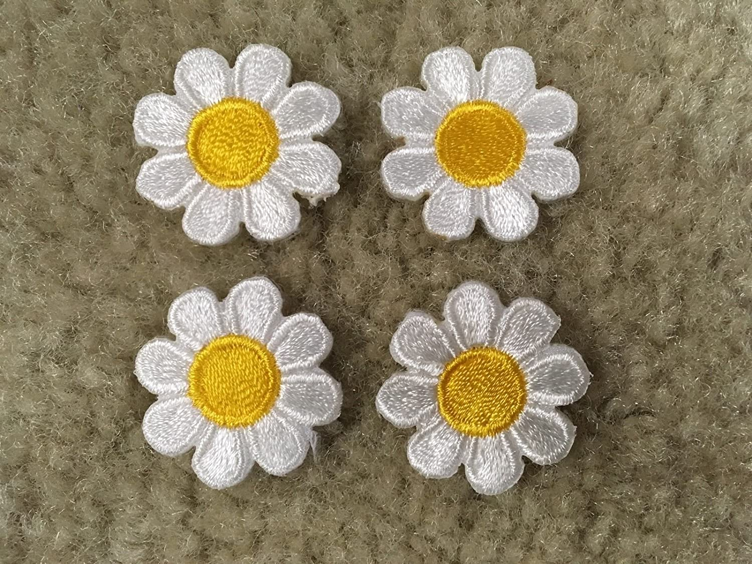 Amazon 2987sw lot 4pcs 1 white yellow daisy flower embroidery amazon 2987sw lot 4pcs 1 white yellow daisy flower embroidery iron on applique patch arts crafts sewing izmirmasajfo