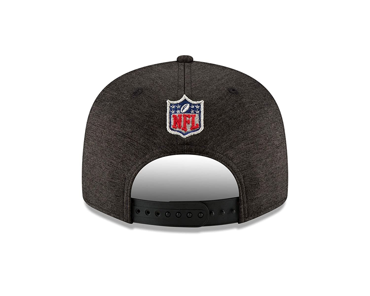 Amazon.com   New Era Oakland Raiders 2018 NFL Sideline Road Official 9FIFTY  Snapback Hat   Sports   Outdoors be09ac6c64a