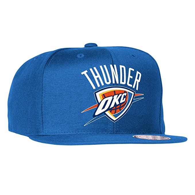 Amazon.com   Oklahoma City Thunder Mitchell   Ness NBA Current Wool Solid 2 Snapback  Cap (Blue)   Sports   Outdoors 55d8af306e95
