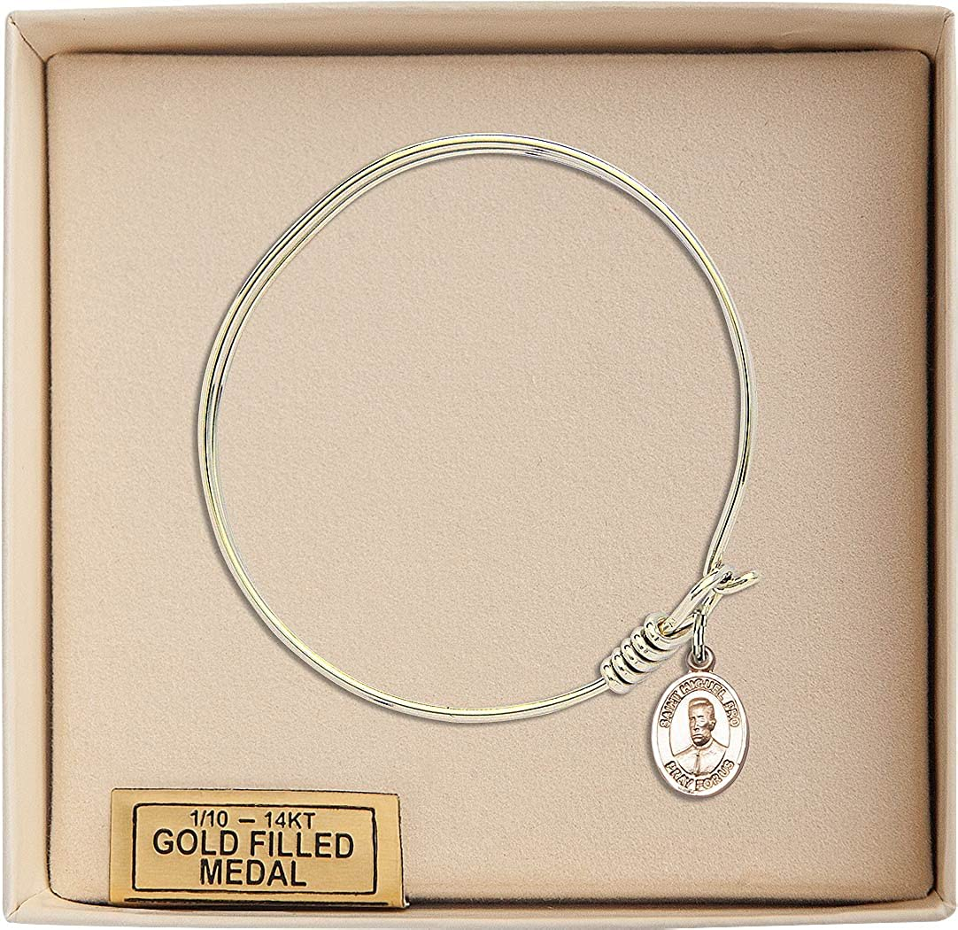 Round Eye Hook Bangle Bracelet w//Blessed Miguel Pro in Gold-Filled
