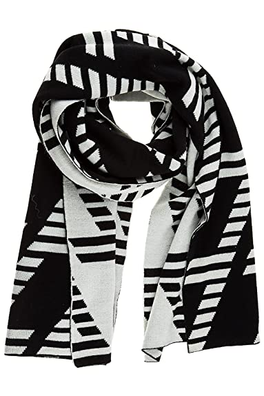 Emporio Armani EA7 men s scarf train graphic black  Amazon.co.uk ... 6b1a54143f7