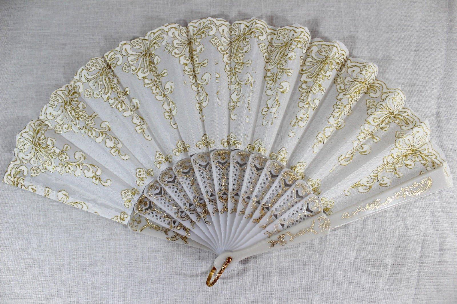 White Vintage Spanish Style Dance Party Wedding Lace Folding Hand Held Flower Fan