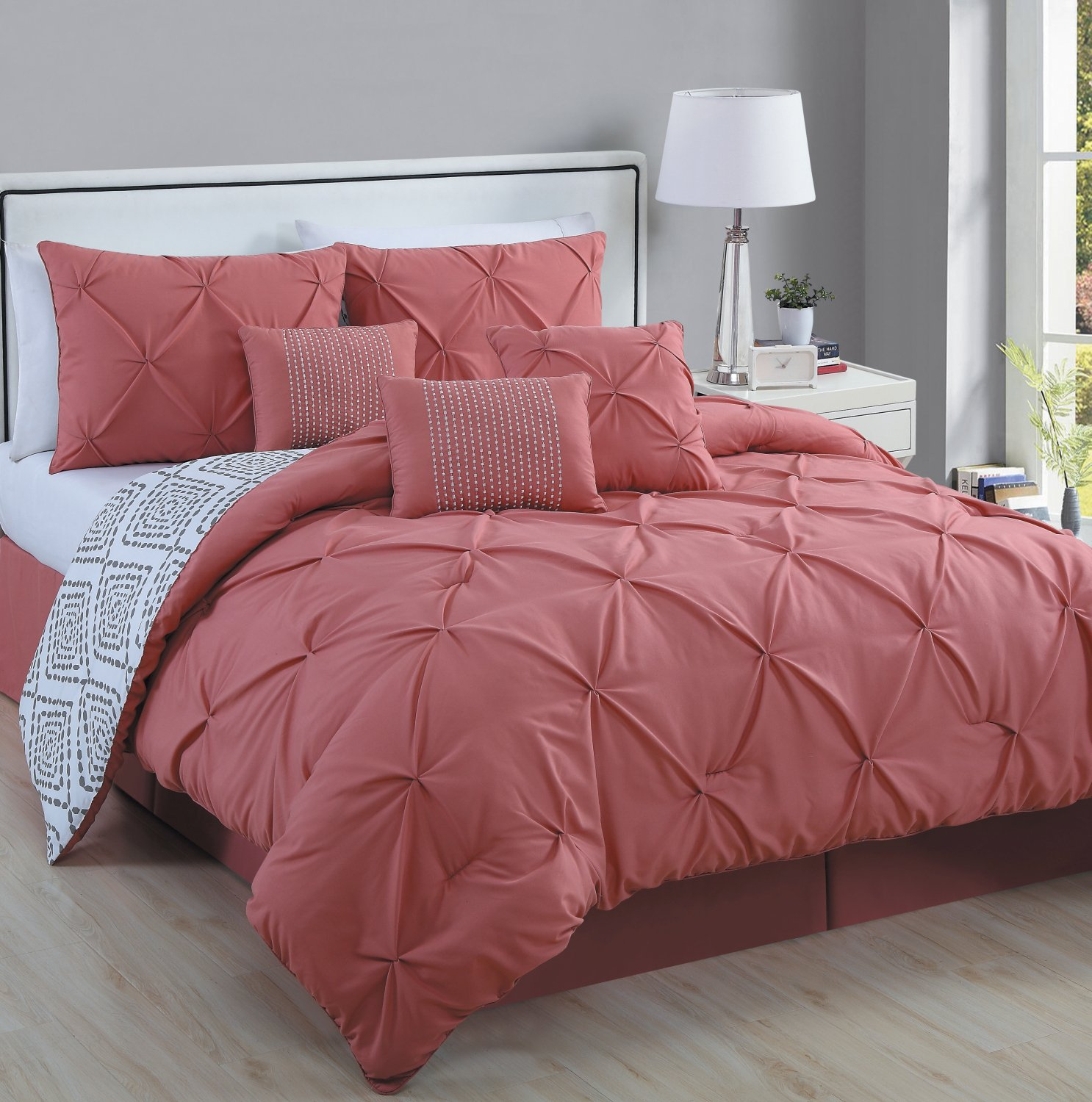 pinched stylewesome excellentnd pinch heart sets comforter ease set with queen black excellent white striped sheets pleat bedding and style