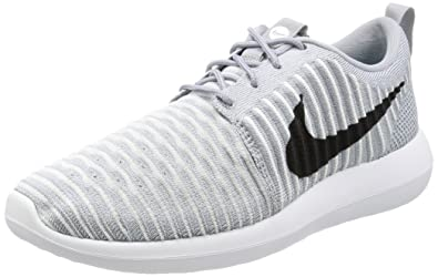 huge selection of utterly stylish offer discounts Amazon.com | Nike Mens Roshe Two Flyknit Wolf Grey/Black-White ...