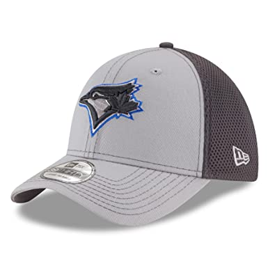 d87c83f2343c Amazon.com  New Era Toronto Blue Jays MLB 39THIRTY Grayed Out Neo 2