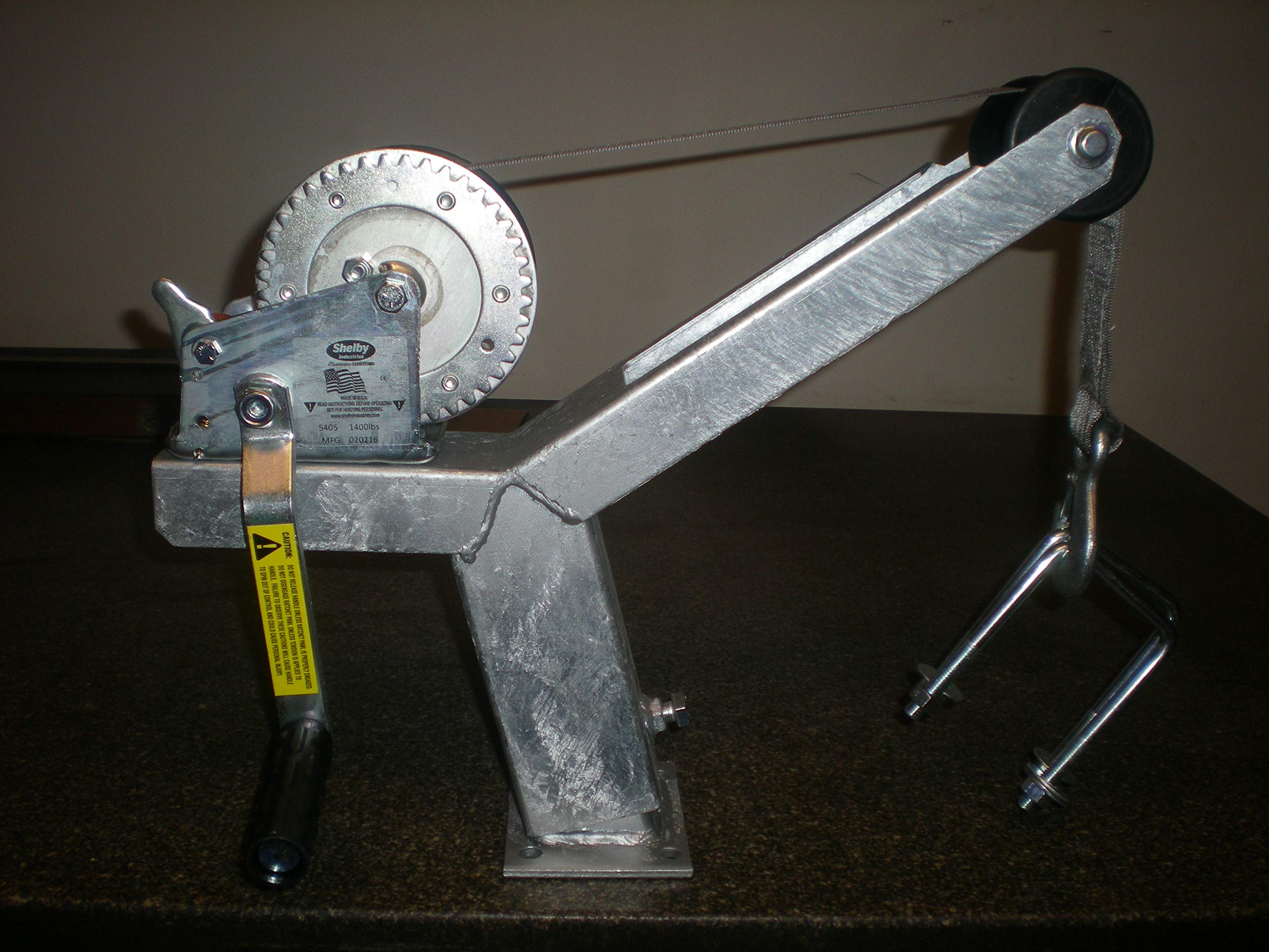 Die-matic Winch Stand W/Dutton Lainson 1400lbs Winch and Starp (5 Inch Ubolts) by Die-matic