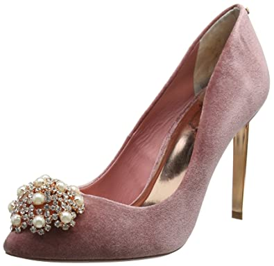 ebb0d0f19cec Ted Baker Women s Peetch Closed-Toe Heels  Amazon.co.uk  Shoes   Bags
