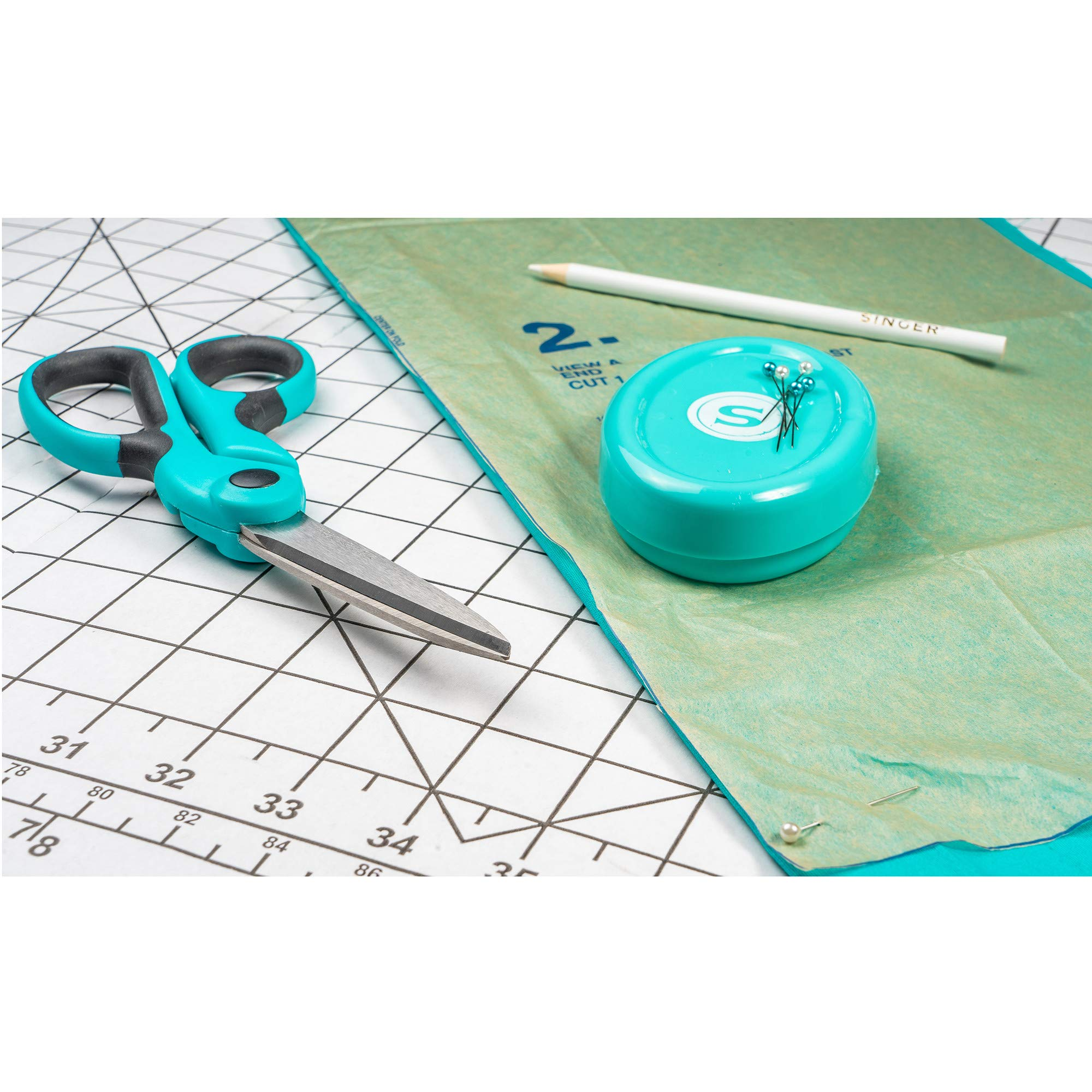 SINGER 00561 8-1/2-Inch ProSeries Heavy Duty Bent Sewing Scissors by SINGER