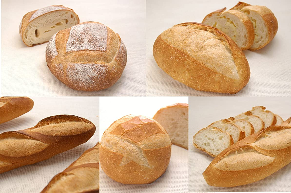 観客シャックル被るカンパーニュセット(プラス「くるみレーズンパン」)    ※パリから故郷を偲んで名付けられたという「カンパーニュ(田舎)」。食事パンの原点として、素朴で力強い味わいを、ライ麦全粒?小麦全粒配合で実現しました(もちろん、天然酵母です。)。Campagne set (plus