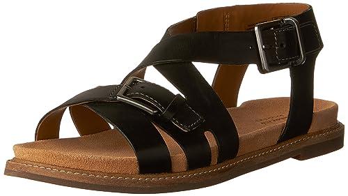b43ab3fe0c6 Clarks Women s Corsio Bambi Flat Sandals  Amazon.ca  Shoes   Handbags