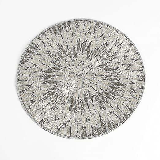 Round Pewter & Silver Beaded Placemat Set of 4 - These beaded silver & pewter placemats will look fabulous on a Christmas tablescape | http://christmastablescapedecor.com/elegant-silver-table-setting/