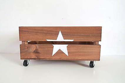 Caja de madera decorativa con ruedas. Hecha a mano artesanalmente. Ideal para decoración del