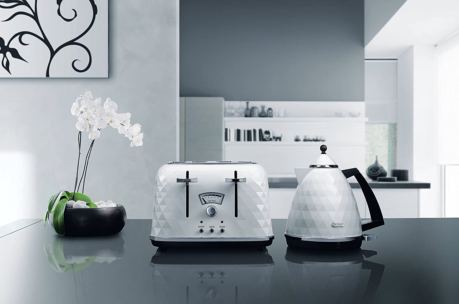 De'Longhi Brillante Faceted White 4-Slice Toaster