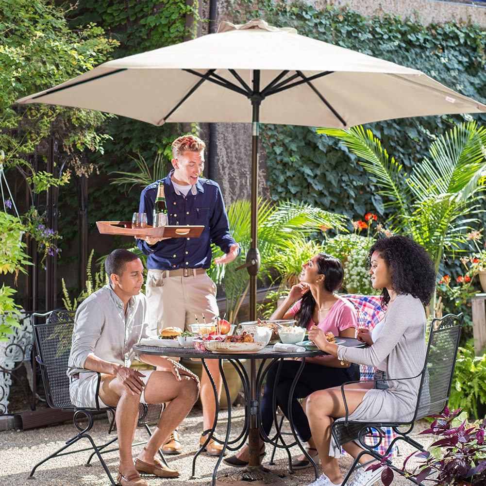 The Best Patio Umbrellas For Your Garden Or Backyard: Reviews & Buying Guide 4