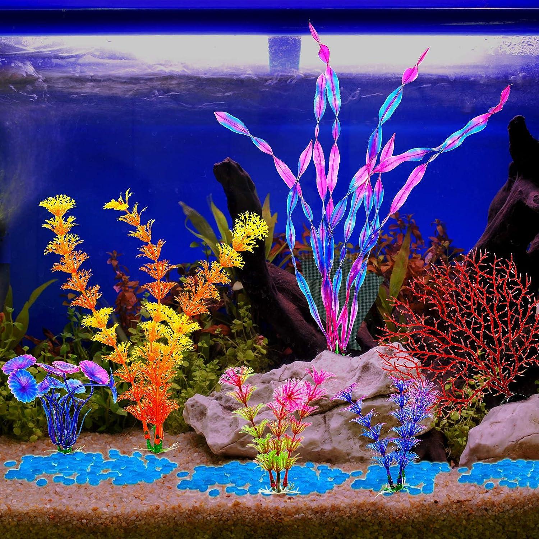 Juego de Plantas de Pl/ástico de Corales y Rocas de Brillo de 106 Piezas Incluye 6 Decoraci/ón de Algas Artificiales Peque/ñas y 100 Guijarros Luminosos Piedra de Resplandor para Pecera Acuario