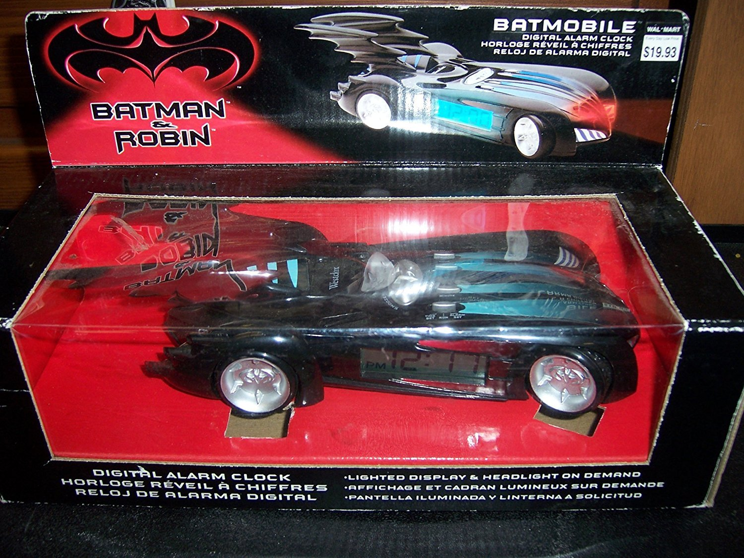 Amazon.com: Batman & Robin Batmobile Digital Alarm Clock: Health ...