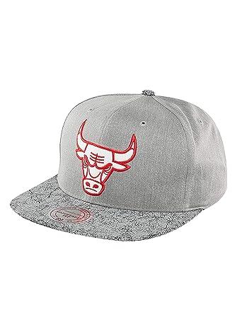 innovative design 4e1a6 3cab7 italy mitchell ness men caps snapback cap nba cracked chicago bulls grey  adjustable bc795 f21dc