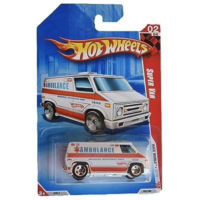 Hot Wheels 2010 Race World Super Van Ambulance 1:64 Scale: Toys & Games