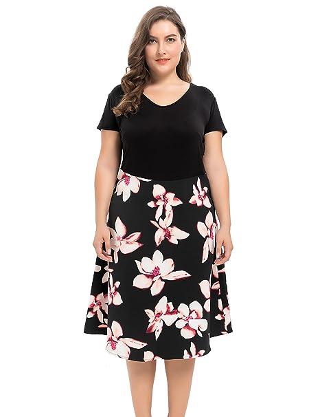Vestido negro con aplicaciones de flores
