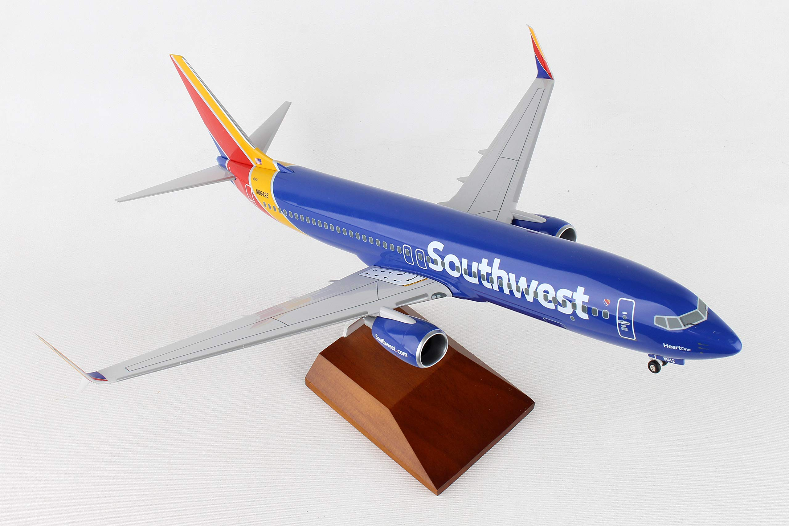 Daron 737-800 Skymarks Southwest Airplane Model with Gear & Wood Stand Heart (1/100 Scale) by Daron (Image #1)