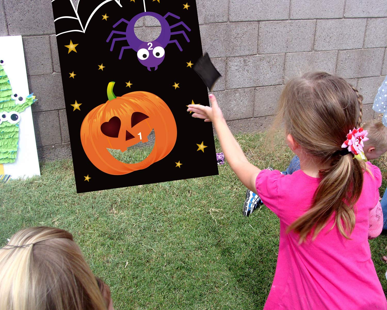 Alivier Halloween Party Games Pumpkin Bean Bag Hanging Toss Games with 3 Bean Bags for Kids Party Halloween Decorations