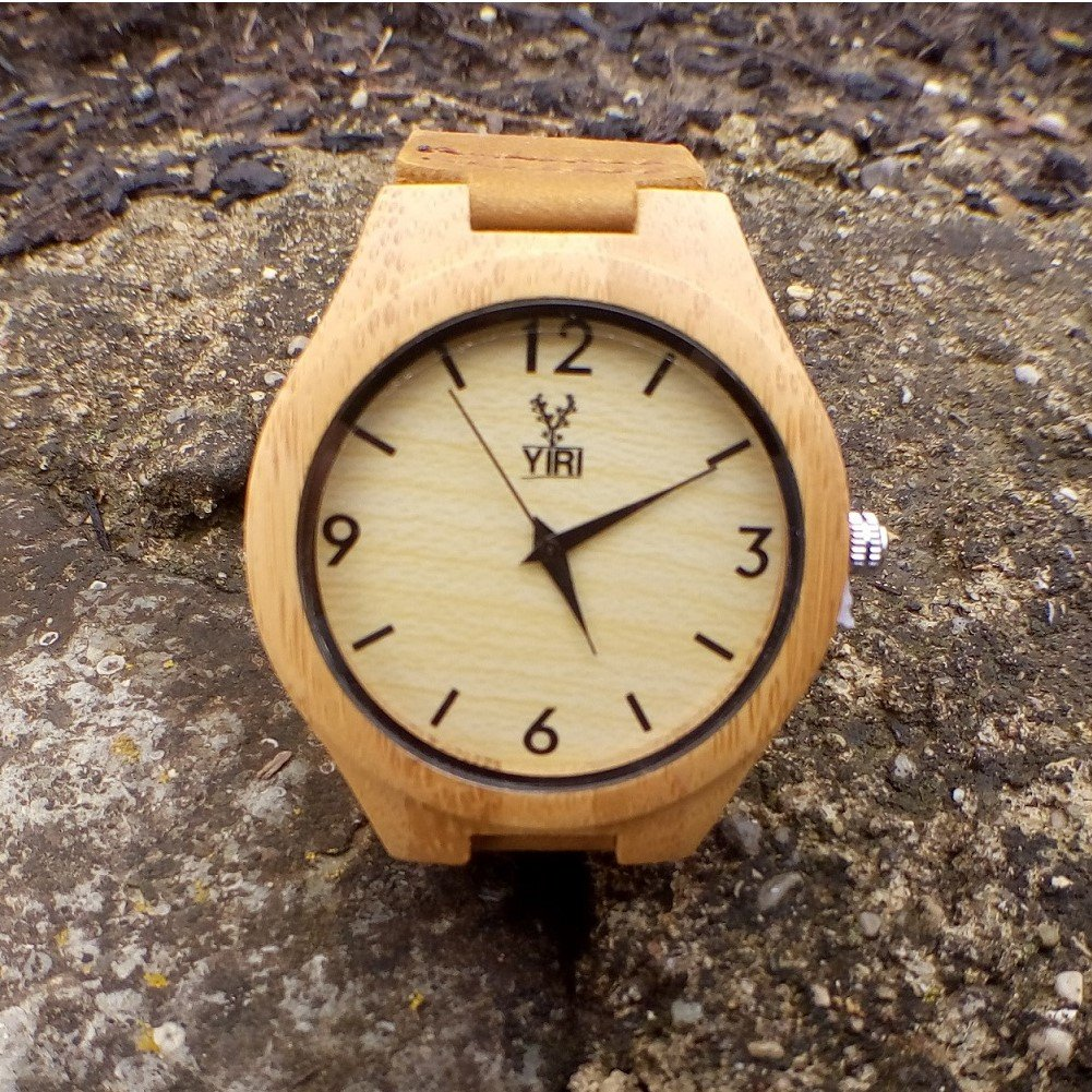 Yiri Watch Natural Bamboo with Genuine Leather Strap and Japan Quartz (Men)