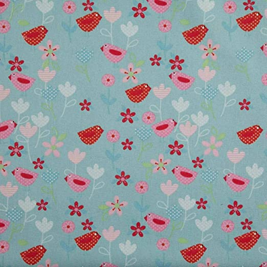per metre small blue daisies polycotton fabric//material  width 44/""