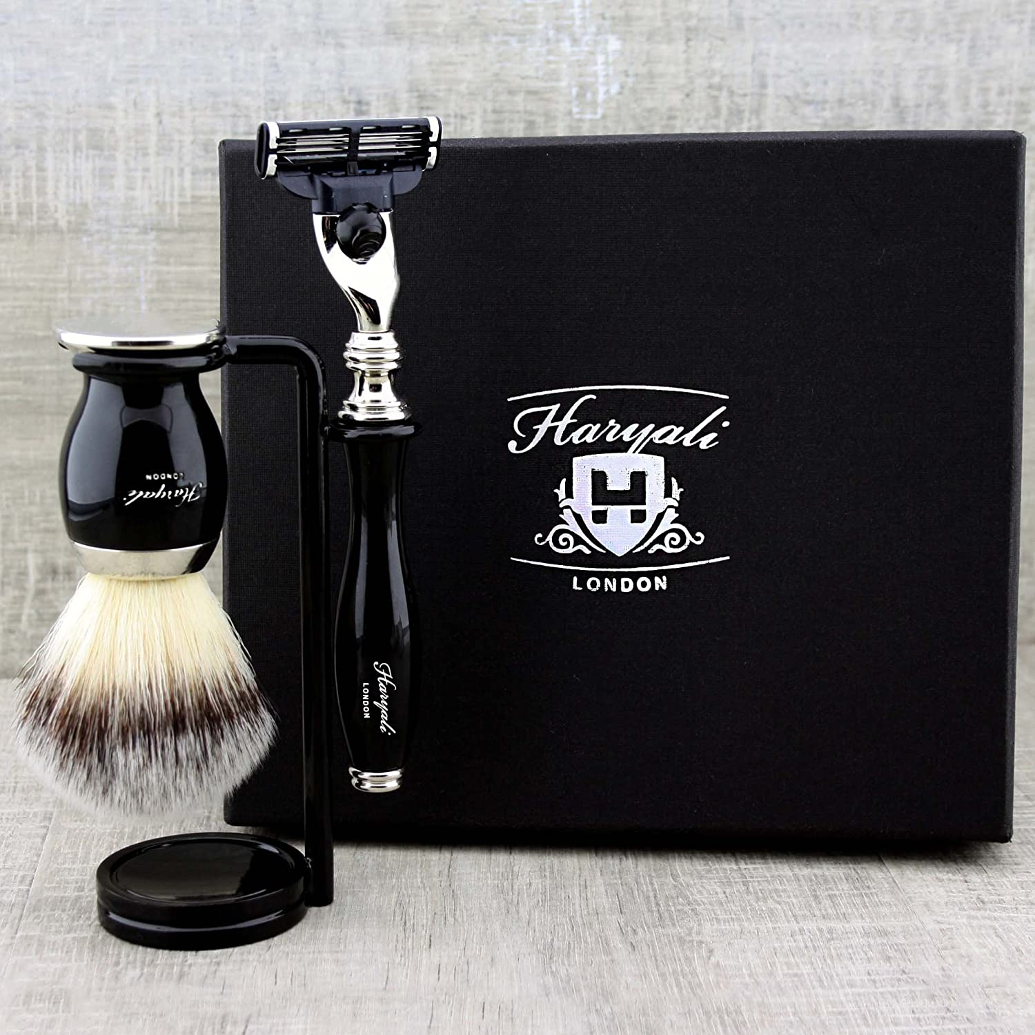 Black Colour 3 Piece Men's Shaving Set. The Set Comes With Badger Looking Synthetic Hair Brush, Gillette Mach 3 Razor & Stand/Holder For Both Brush & Razor. Perfect As a Gift To Him. Haryali London