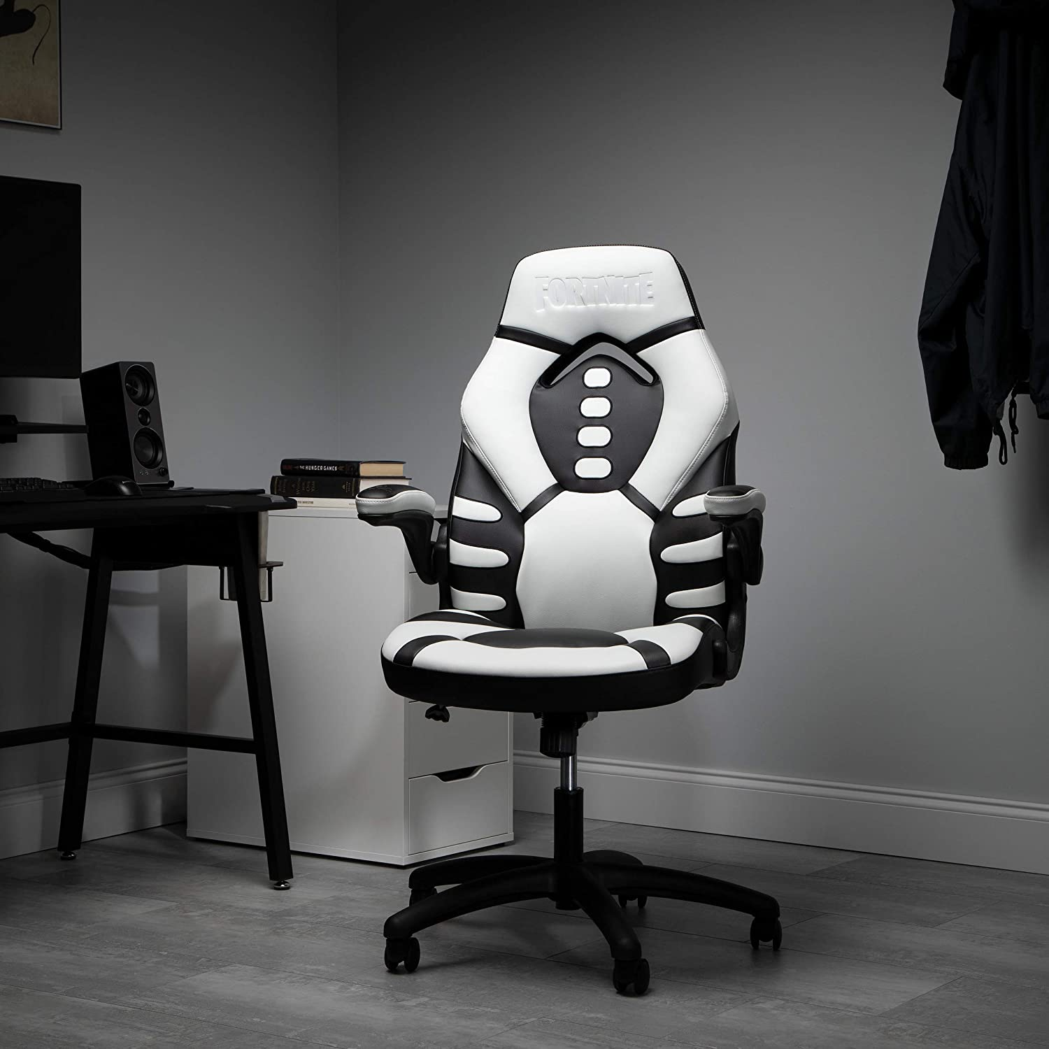 RESPAWN Trooper-V e Skull Gaming Reclining Ergonomic Chair (TROOPER-01)