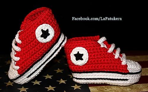 Patucos bebé. Crochet. Unisex. Estilo Converse. Color rojo. 100% algodón o lana, a elegir. Tallas de 0 hasta 9 meses ...