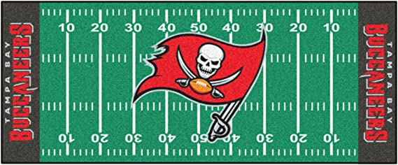 FANMATS NFL Tampa Bay Buccaneers Nylon Face Football Field Runner