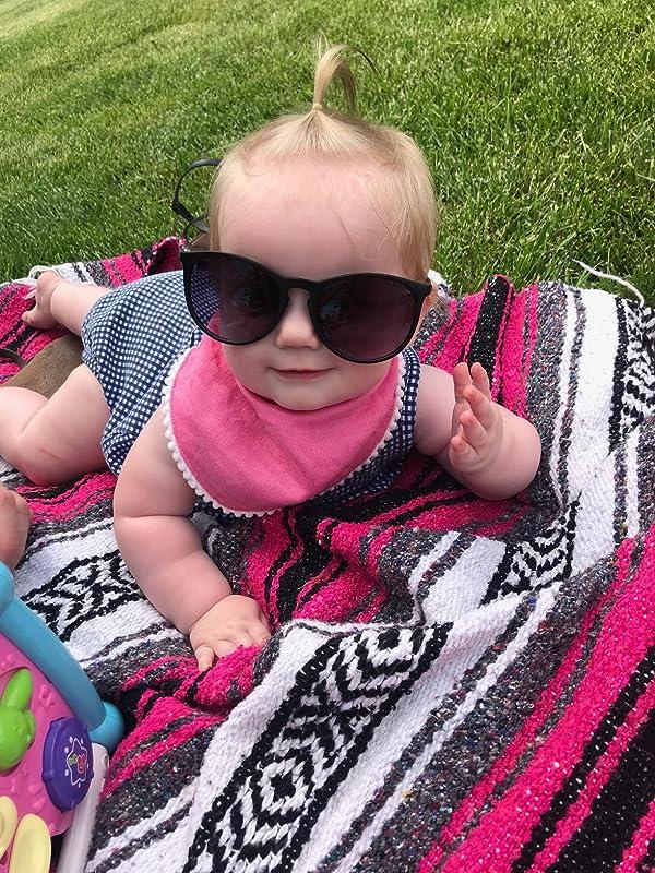 2b94555a400 SUNGAIT Vintage Round Sunglasses for Women Classic Retro Designer ...