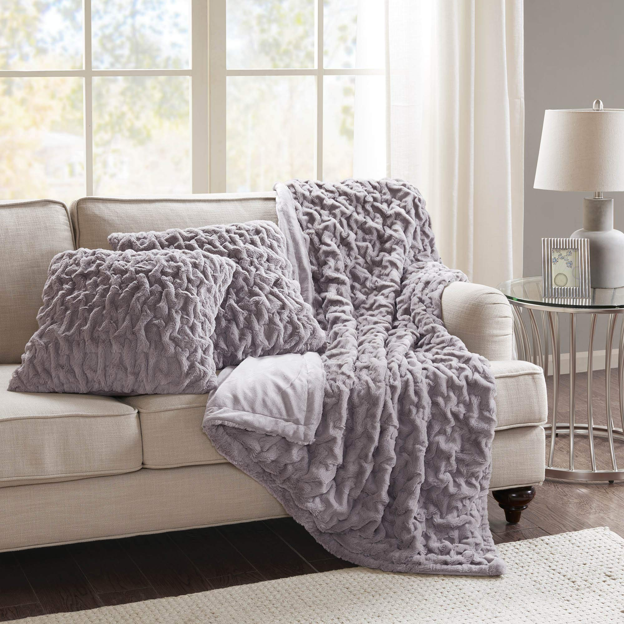 Comfort Spaces Faux Fur Throw Blanket Set – Fluffy Plush Blankets for Couch and Bed – Lavender Size 50'' x 60'' with 2 Square Pillow Covers 20'' x 20''