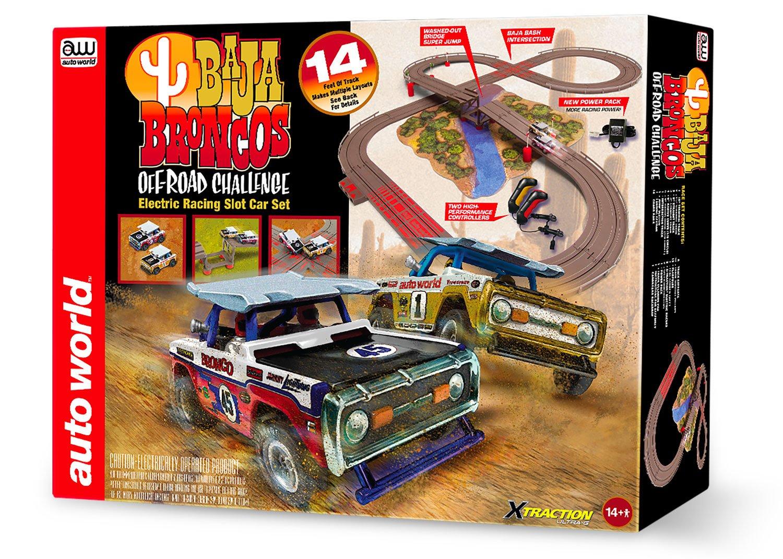 Auto World SRS322 14′ Baja Broncos Off-Road Challenge Slot Car Set by TeamWorks (Image #2)