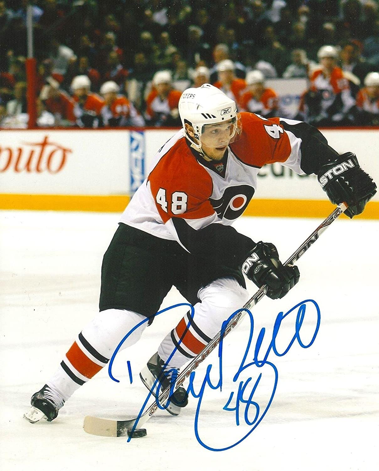 Signed Daniel Briere Photo - PHILADELPHIA FLYERS 8X10 COA - Autographed NHL  Photos at Amazon s Sports Collectibles Store 2a62468b7